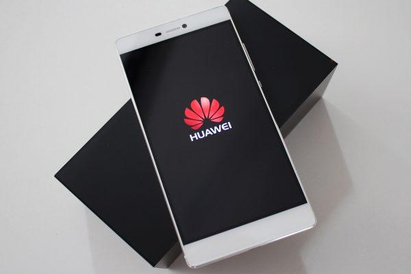 pametni telefon Huawei simobil