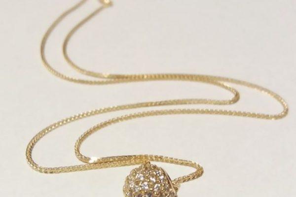 zlate ogrlice